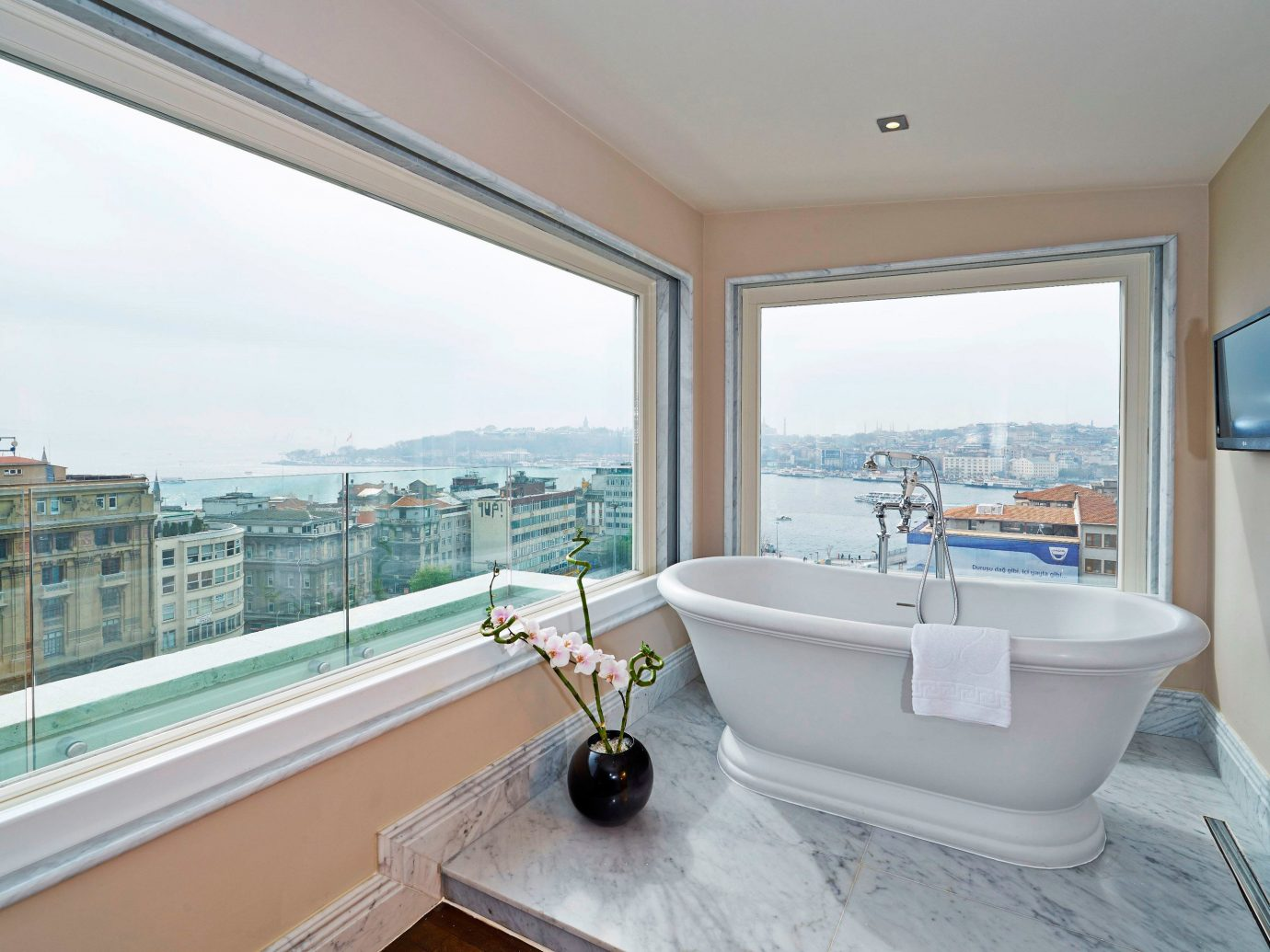 Boutique Hotels Hotels Luxury Travel window indoor room property swimming pool estate real estate home condominium interior design floor bathtub bathroom Villa daylighting apartment Suite tub furniture