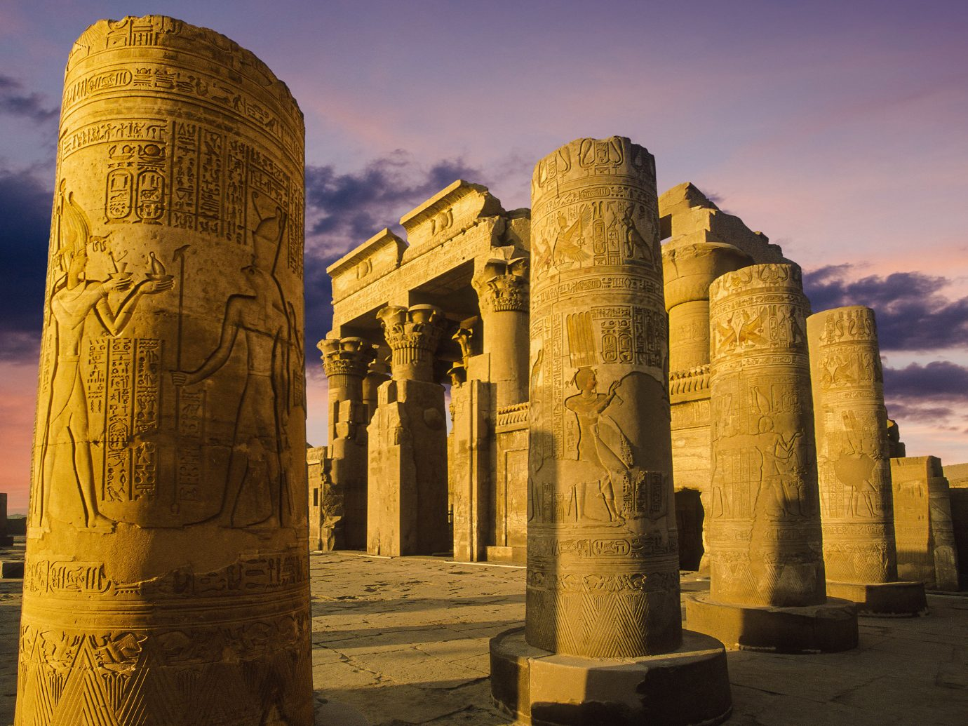 historic site column landmark ancient history archaeological site Ruins sky history structure tourist attraction monument egyptian temple temple unesco world heritage site sunlight tourism ancient roman architecture monolith ancient greek temple evening