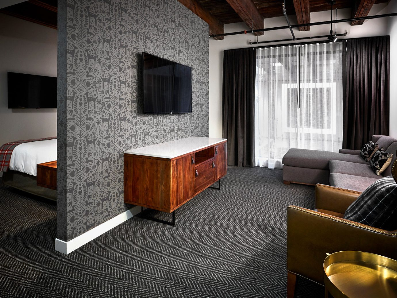 America Trip Ideas Weekend Getaways indoor floor room Living property window house Suite ceiling living room home interior design cottage estate real estate Design furniture