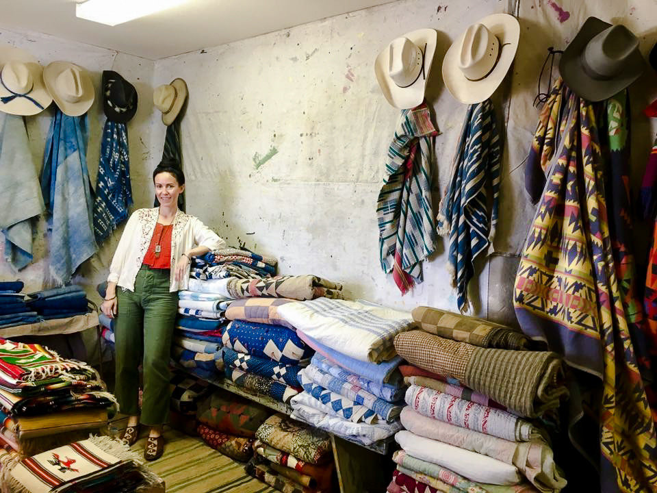 room Boutique textile bazaar marketplace shopping retail product shopkeeper flea market market selling