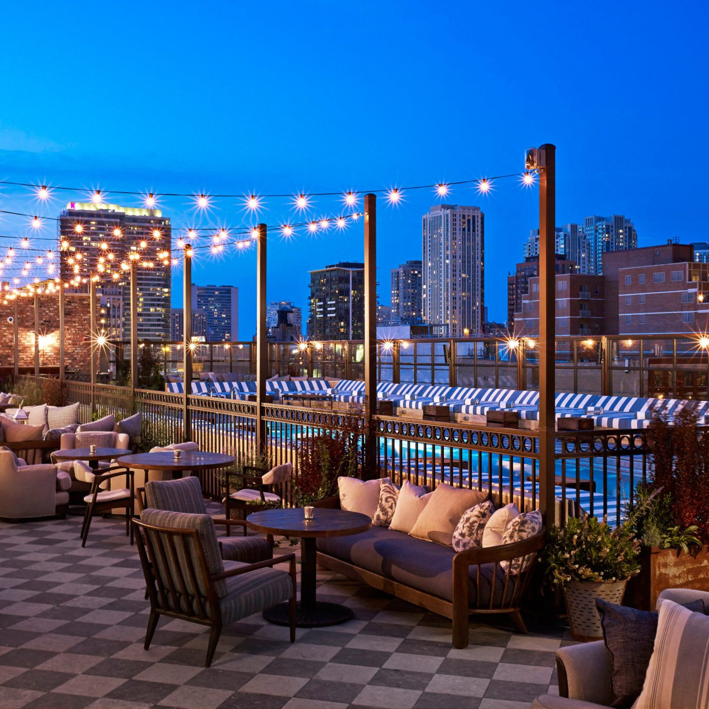 Boutique Hotels Chicago Hotels Trip Ideas sky outdoor Resort plaza City evening marina estate cityscape condominium restaurant overlooking area furniture several