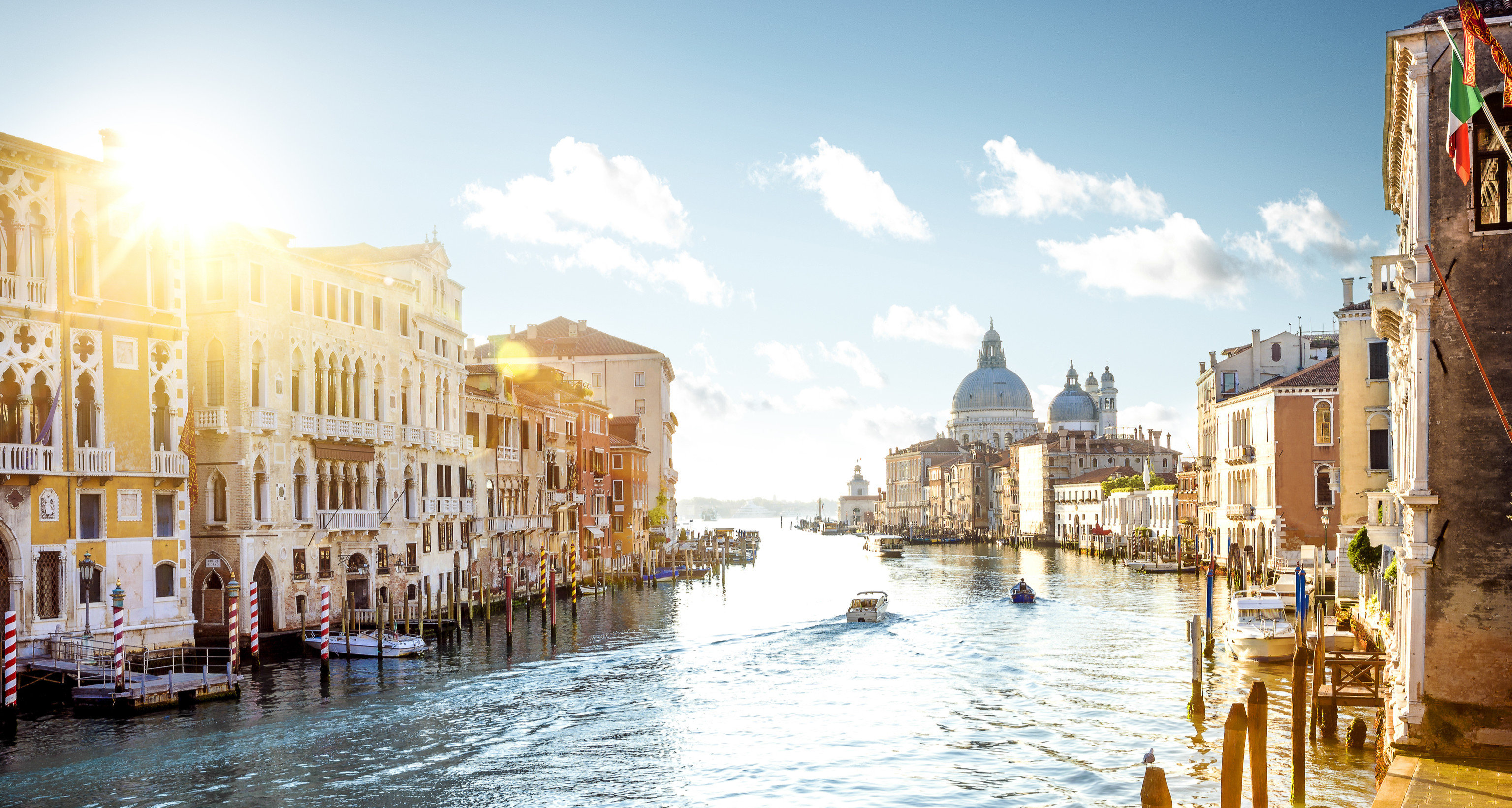 Hotels Trip Ideas building outdoor Town geographical feature Canal cityscape waterway human settlement tourism vehicle