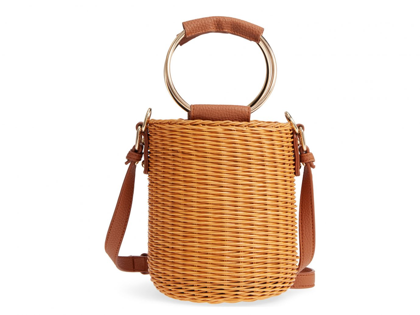 Packing Tips Style + Design Travel Shop basket chair bag indoor handbag shoulder bag container product leather product design wicker