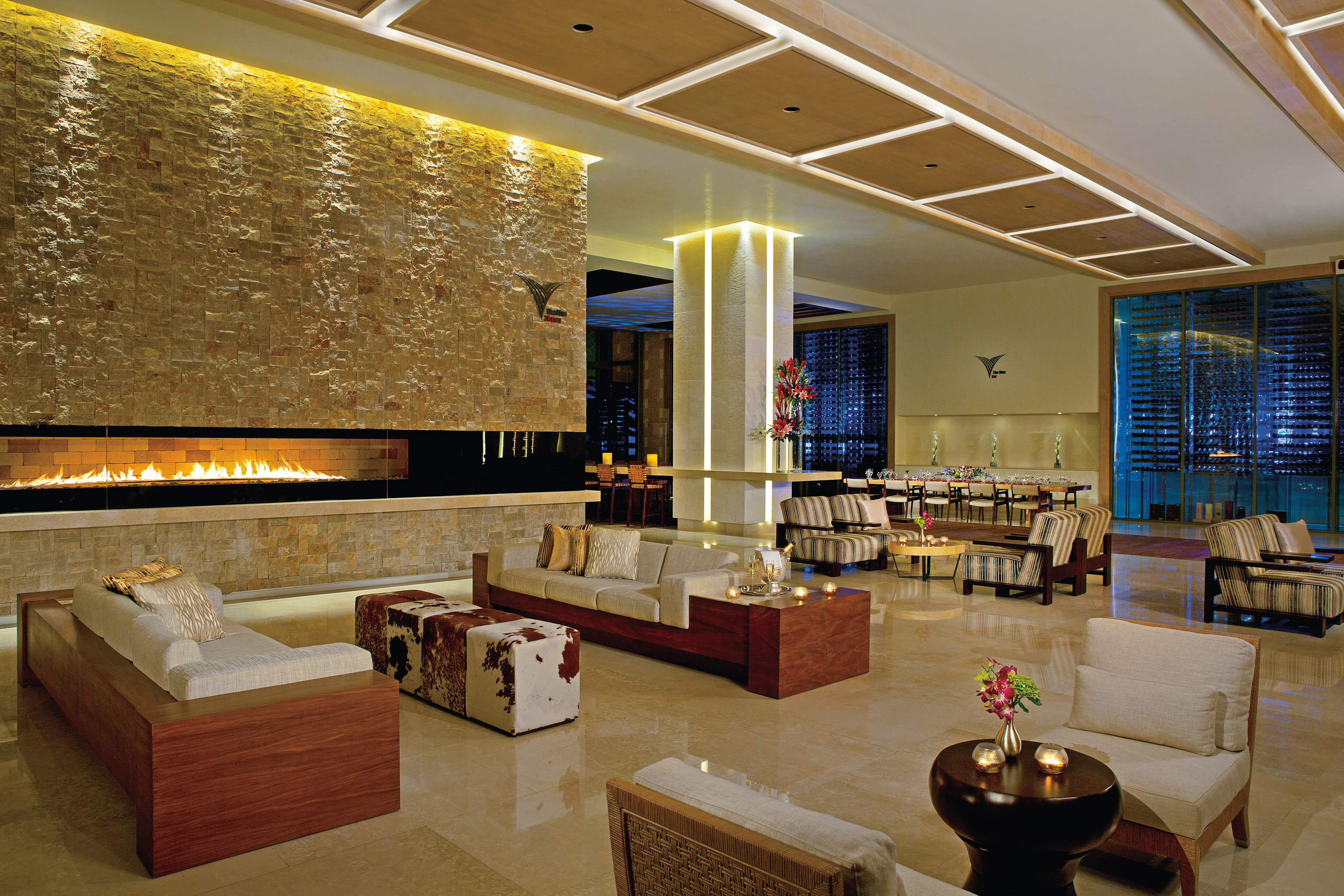 Adult-only All-Inclusive Resorts Cancun Hotels Mexico indoor floor ceiling wall room Living property Lobby estate interior design recreation room real estate living room Suite Design restaurant furniture