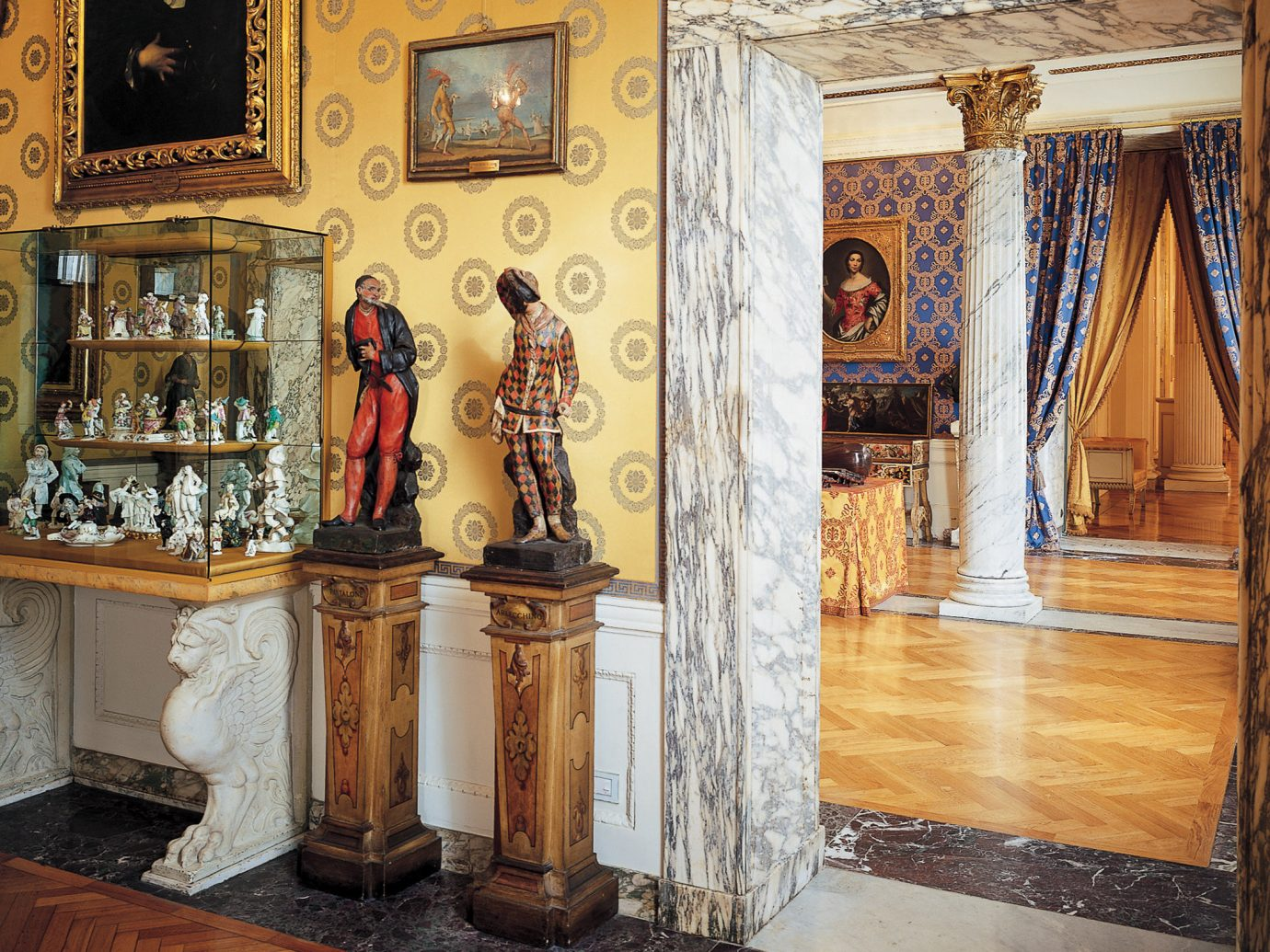 Arts + Culture Italy Milan tourist attraction furniture interior design antique flooring column