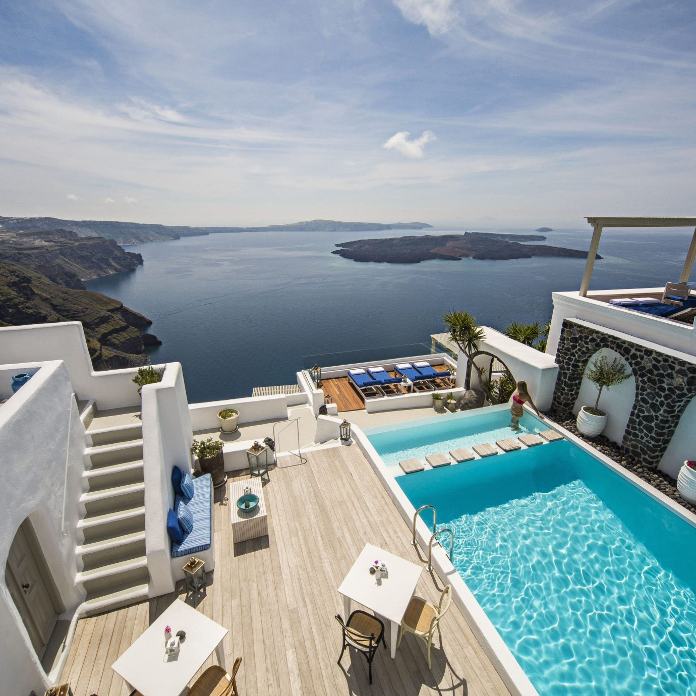 The Best Honeymoon Hotels In Santorini