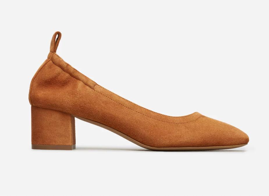 Everlane Women's Day Heel in Cognac Suede