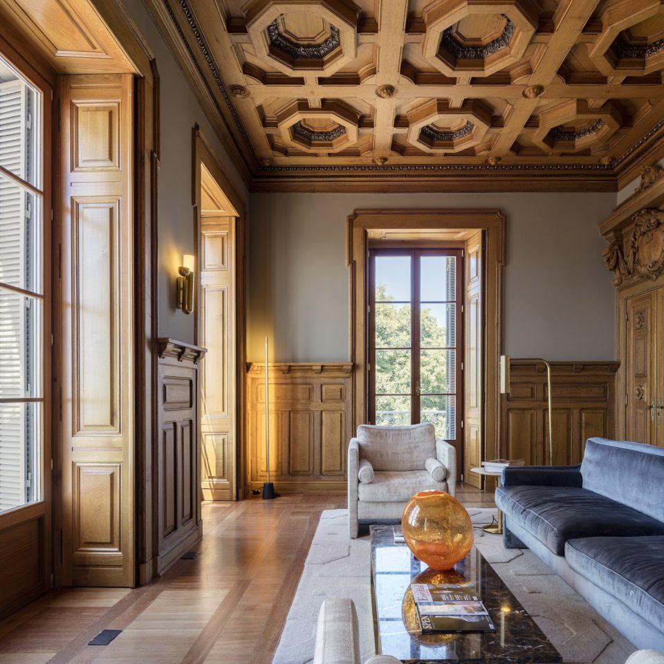 Luxurious interior space at Verride Palácio Santa Catarina