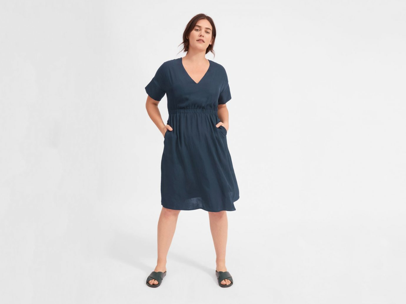 Wrinkle-resistant dress for travel: Everlane The Japanese GoWeave Light V-Neck Dress