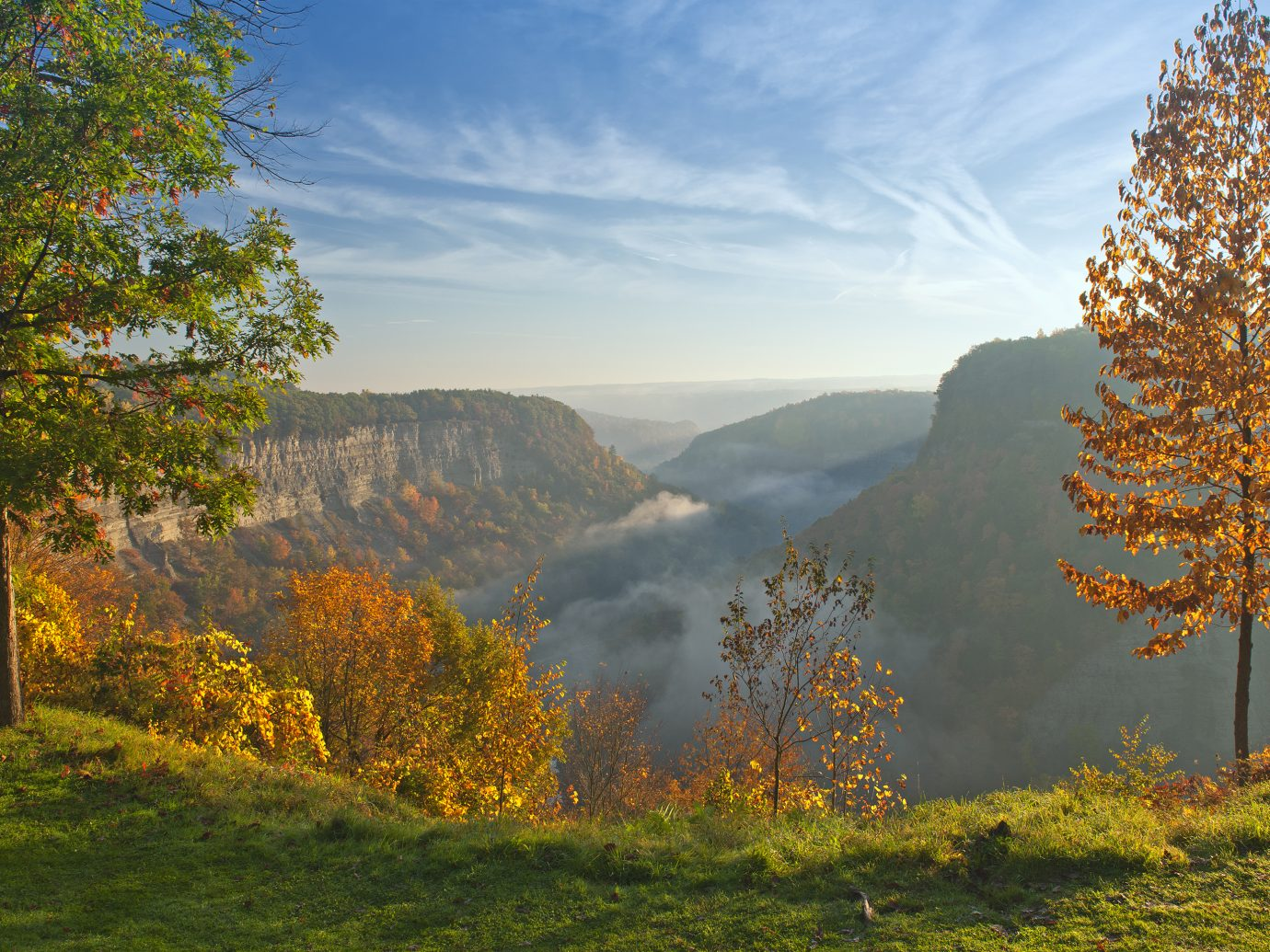 Great Bend Overlook At Letchworth State Park In New York Just After Sunrise.