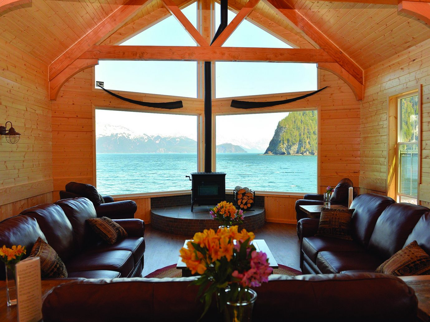 Living room at Kenai Fjords Wilderness Lodge, Alaska