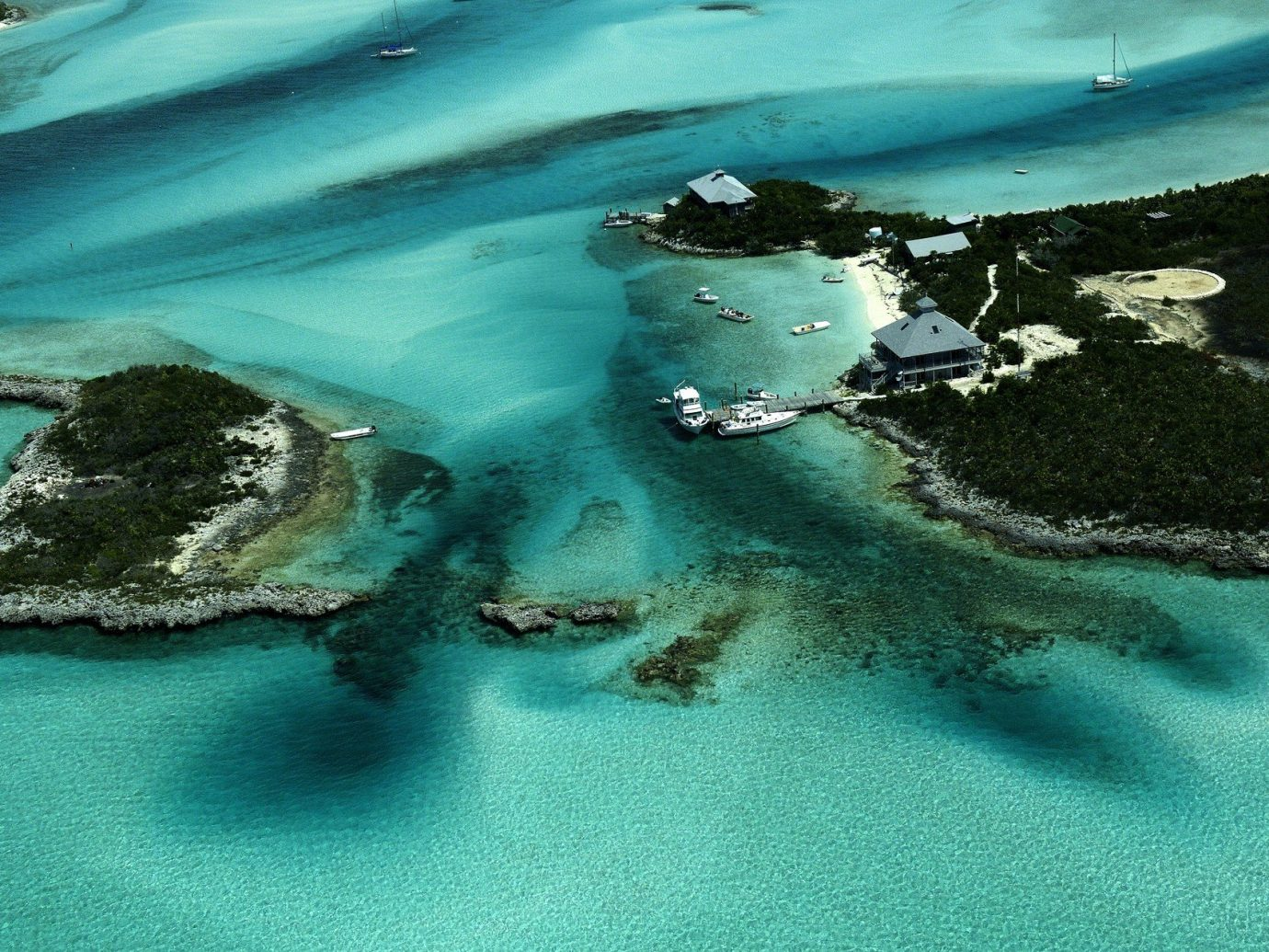 Aerial shot of Nassau, Bahamas