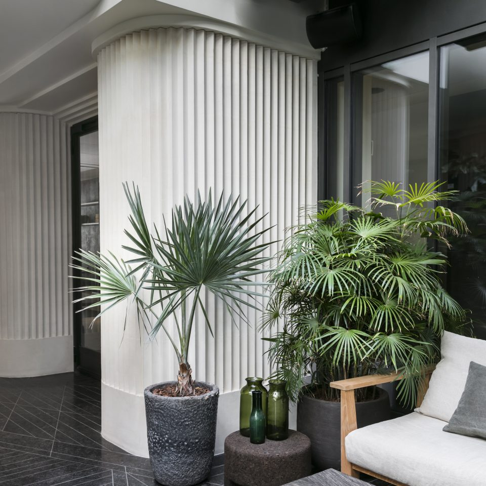 Lobby with houseplants at Hotel National des Arts et Métiers