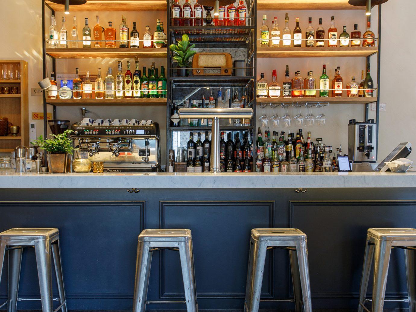 Bar with stools at Tarallucci e Vino in Union Square