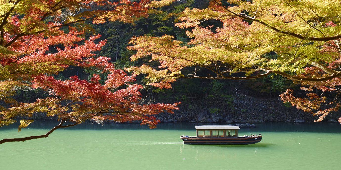 boat heading to HOSHINOYA Kyoto