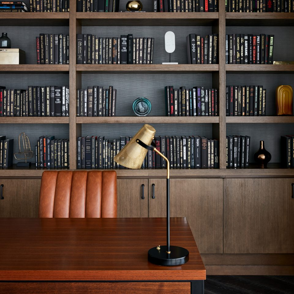 Library with desk in presidential suite