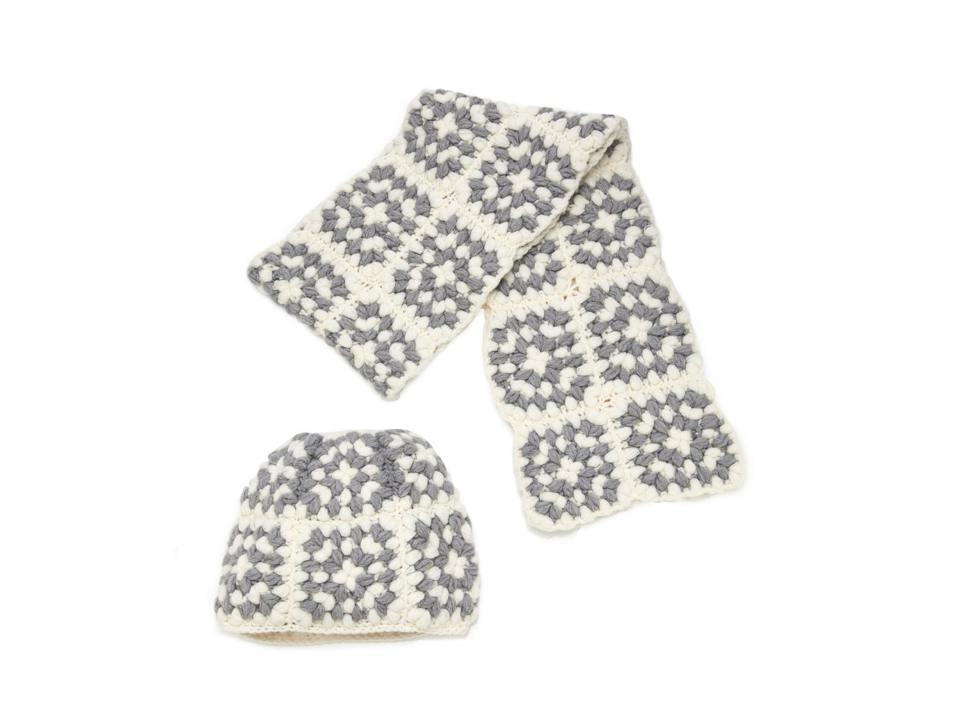 Il Borgo Popcorn Cashmere Scarf And Hat Set