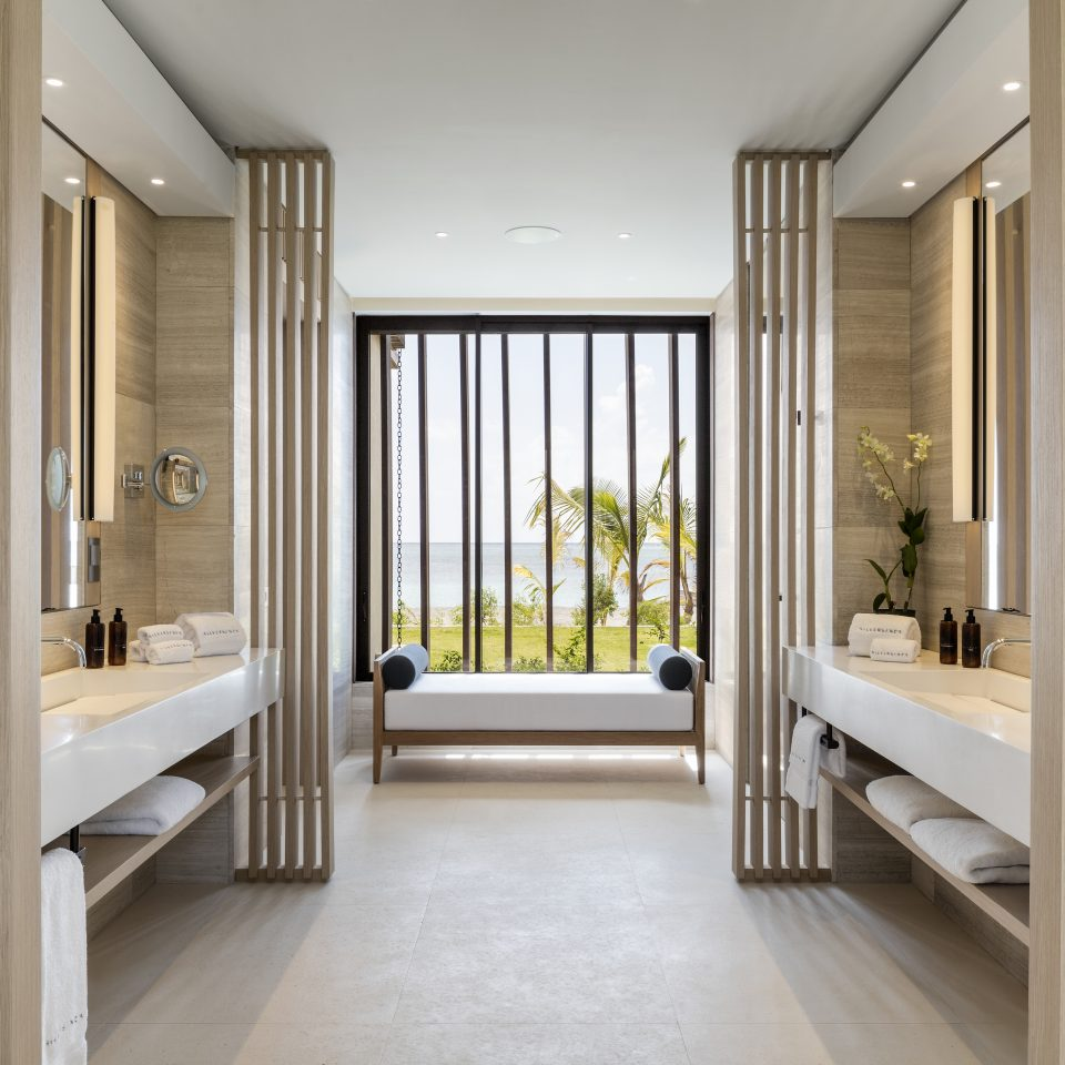 oceanfront bathroom
