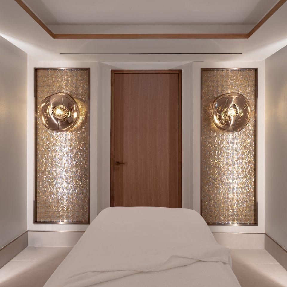 massage bed in small pretty room