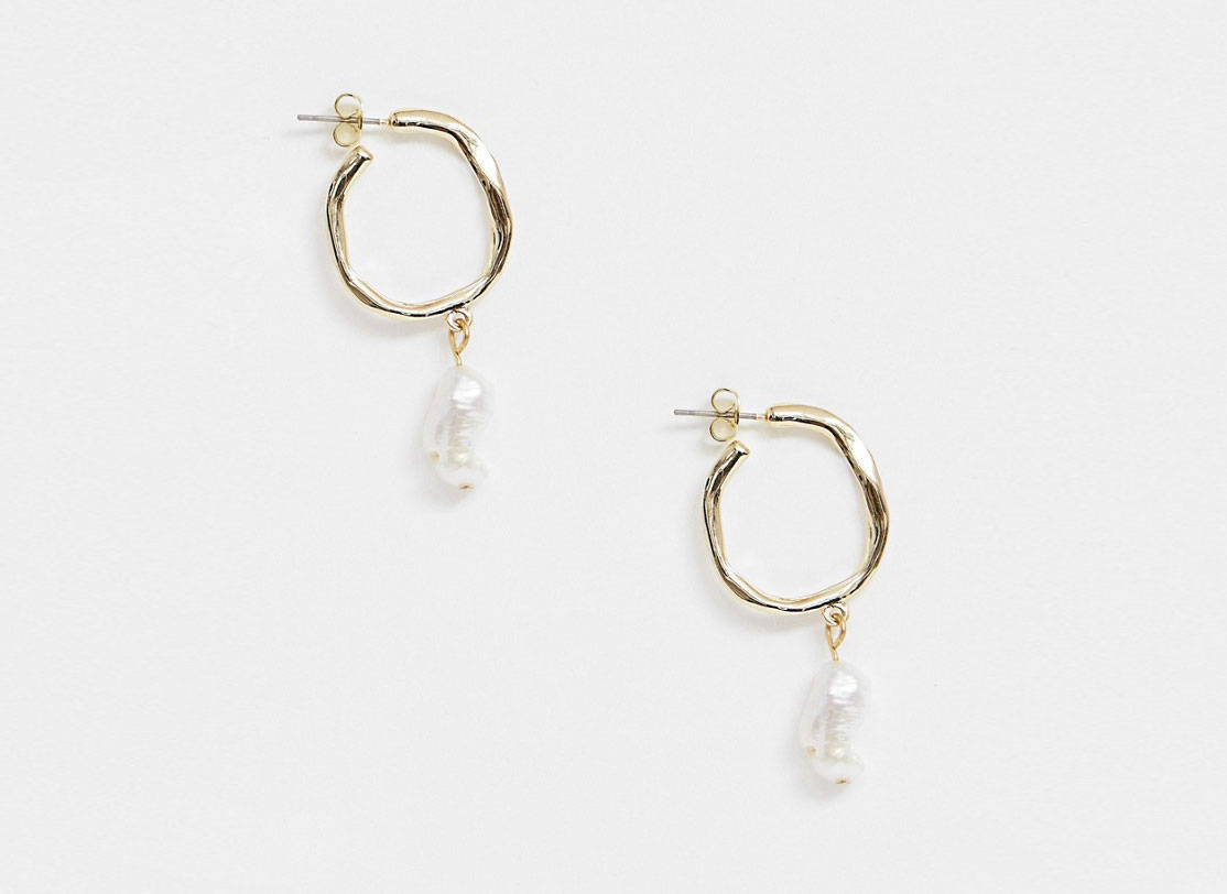 Pieces Hammered Gold Hoop Earrings with Drop Pearl