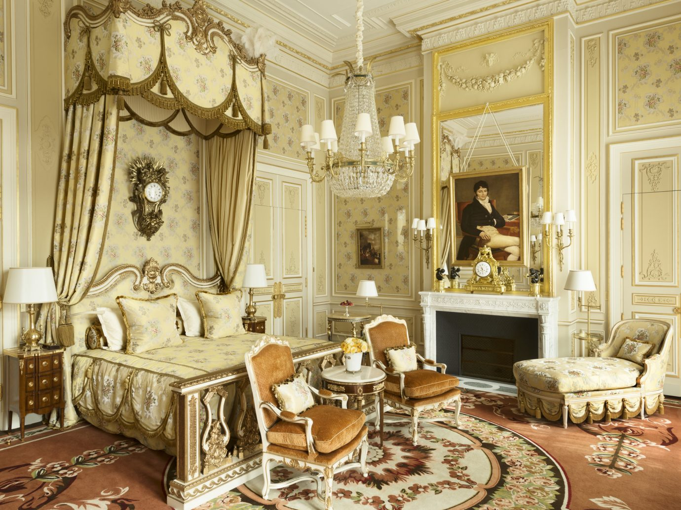 Bedroom at Ritz Paris