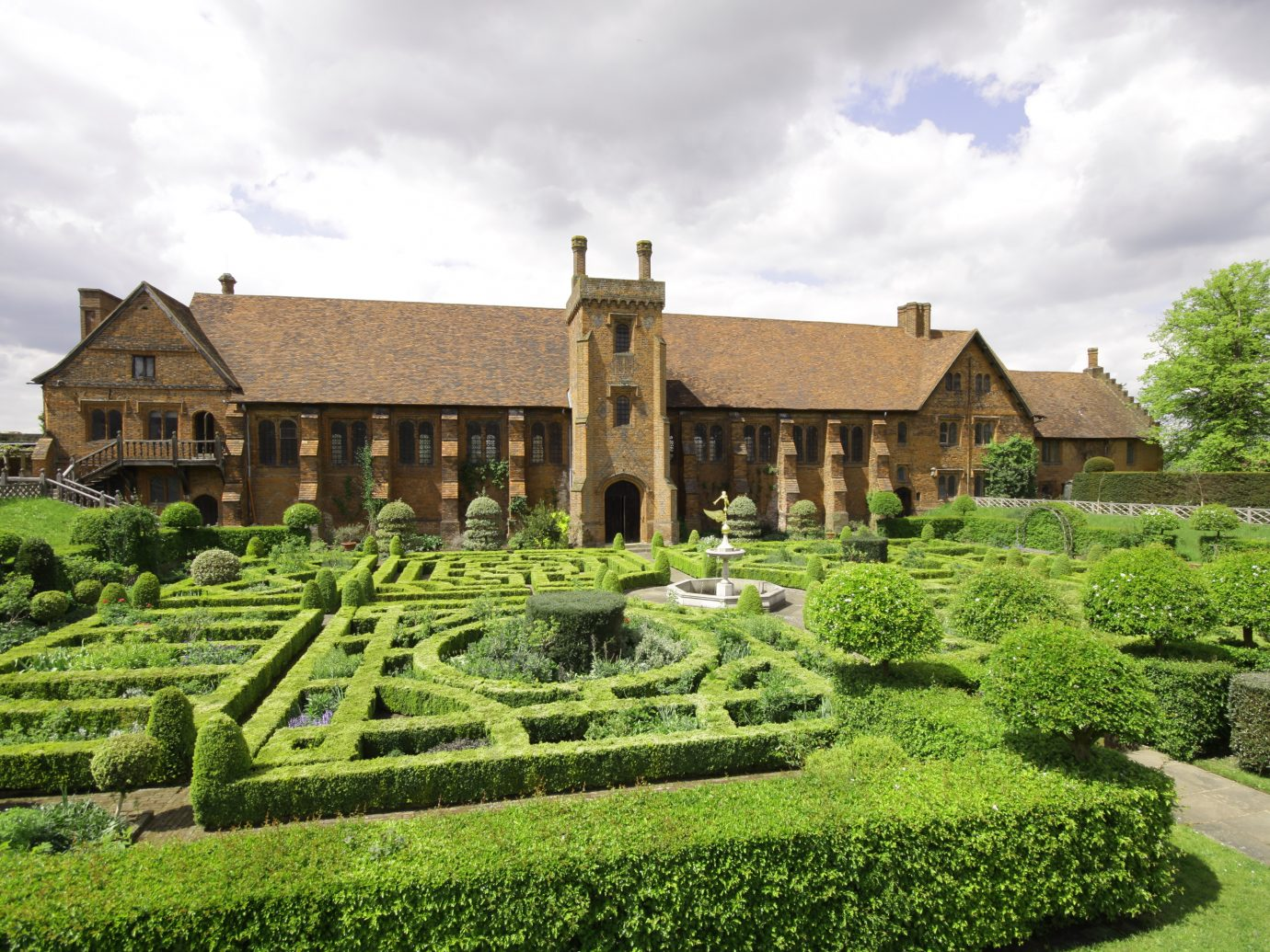 Hatfield Old Palace, Hertfordshire, UK