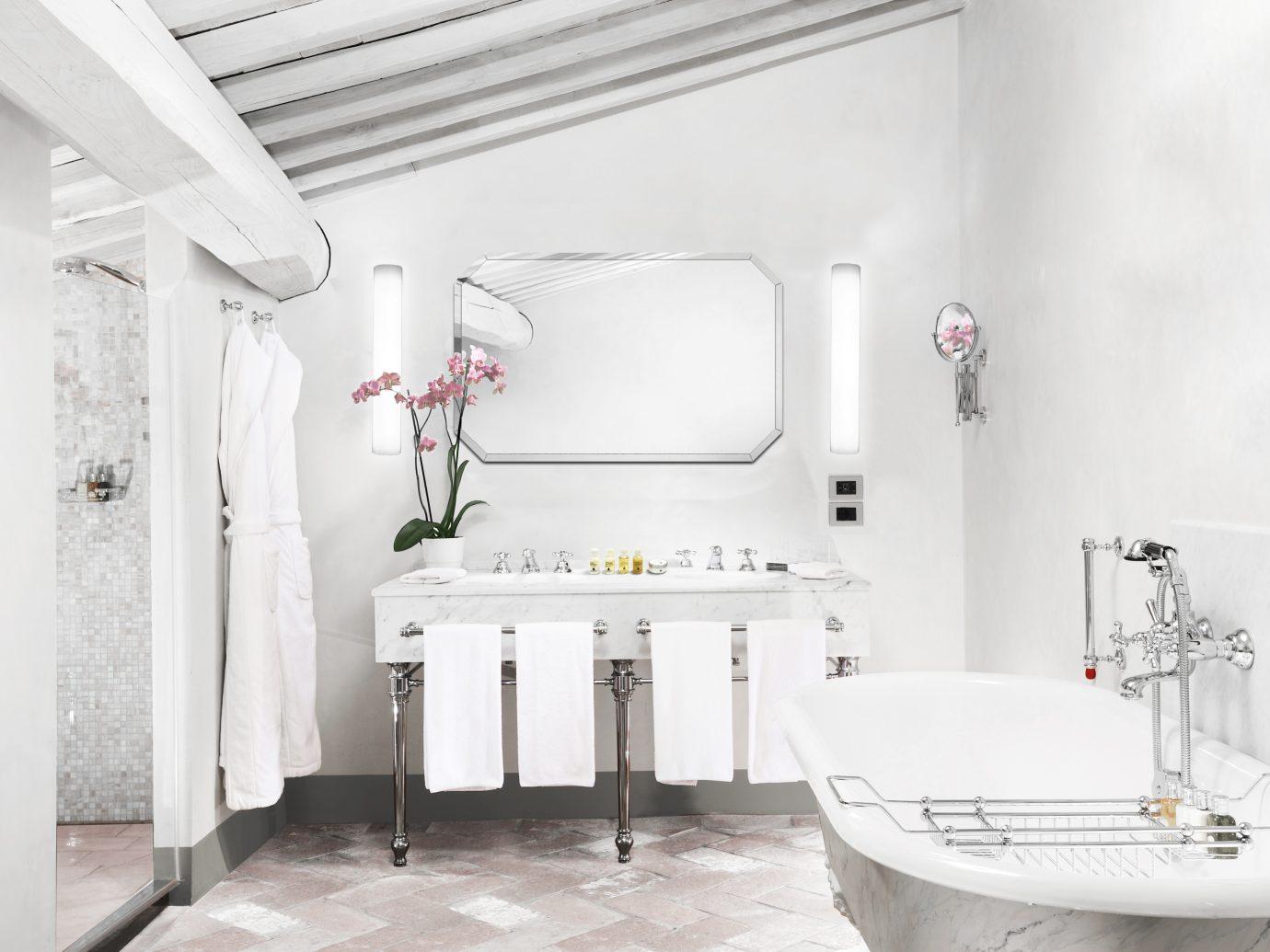 Bathroom at COMO Castello Del Nero