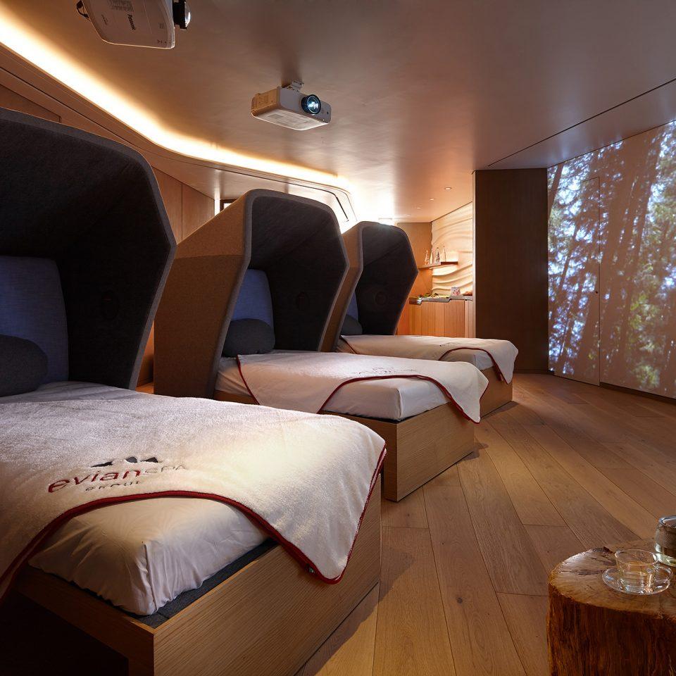 indoor spa day beds