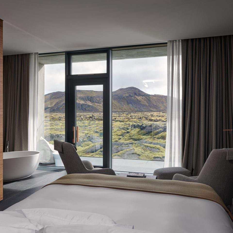 moss junior suite with view of Icelandic land