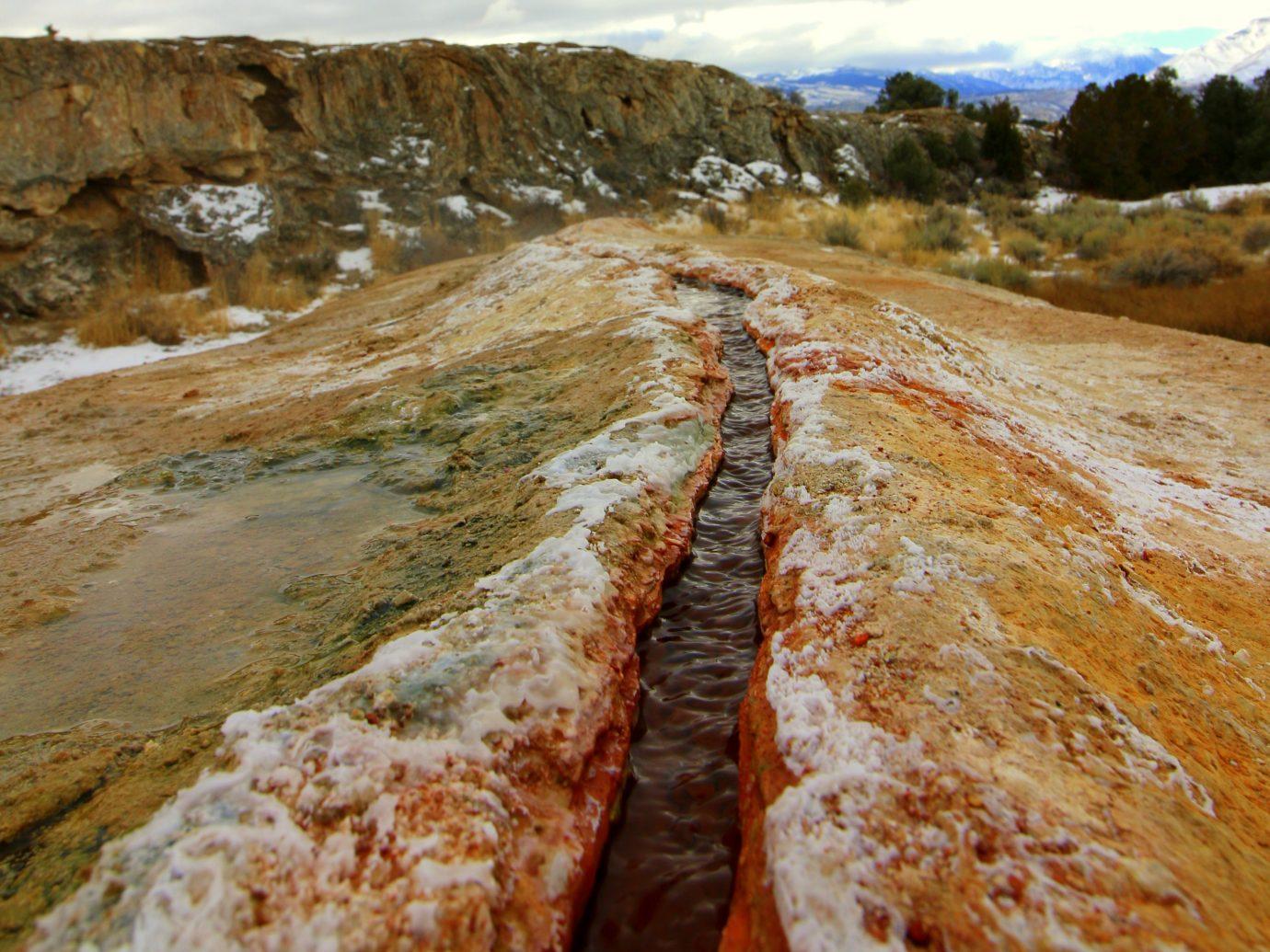 Travertine Hot Springs scenic area