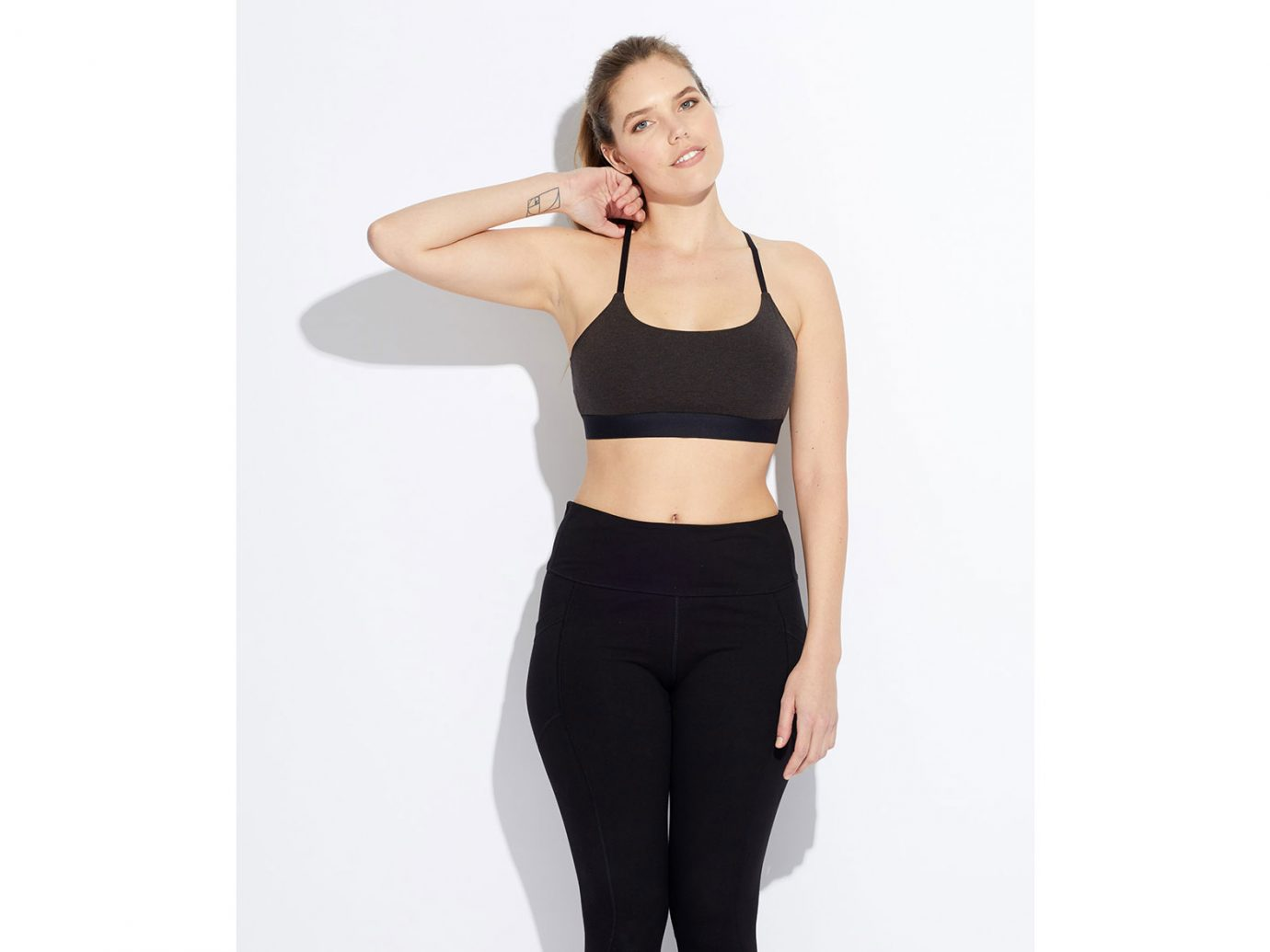 Pact Sporty Pullover Bralette