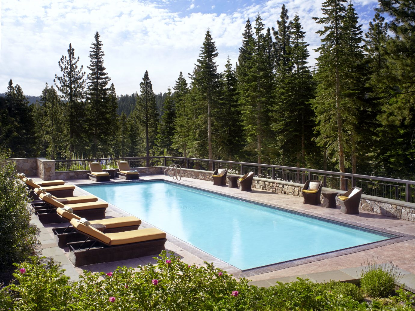 The Ritz-Carlton, Lake Tahoe pool