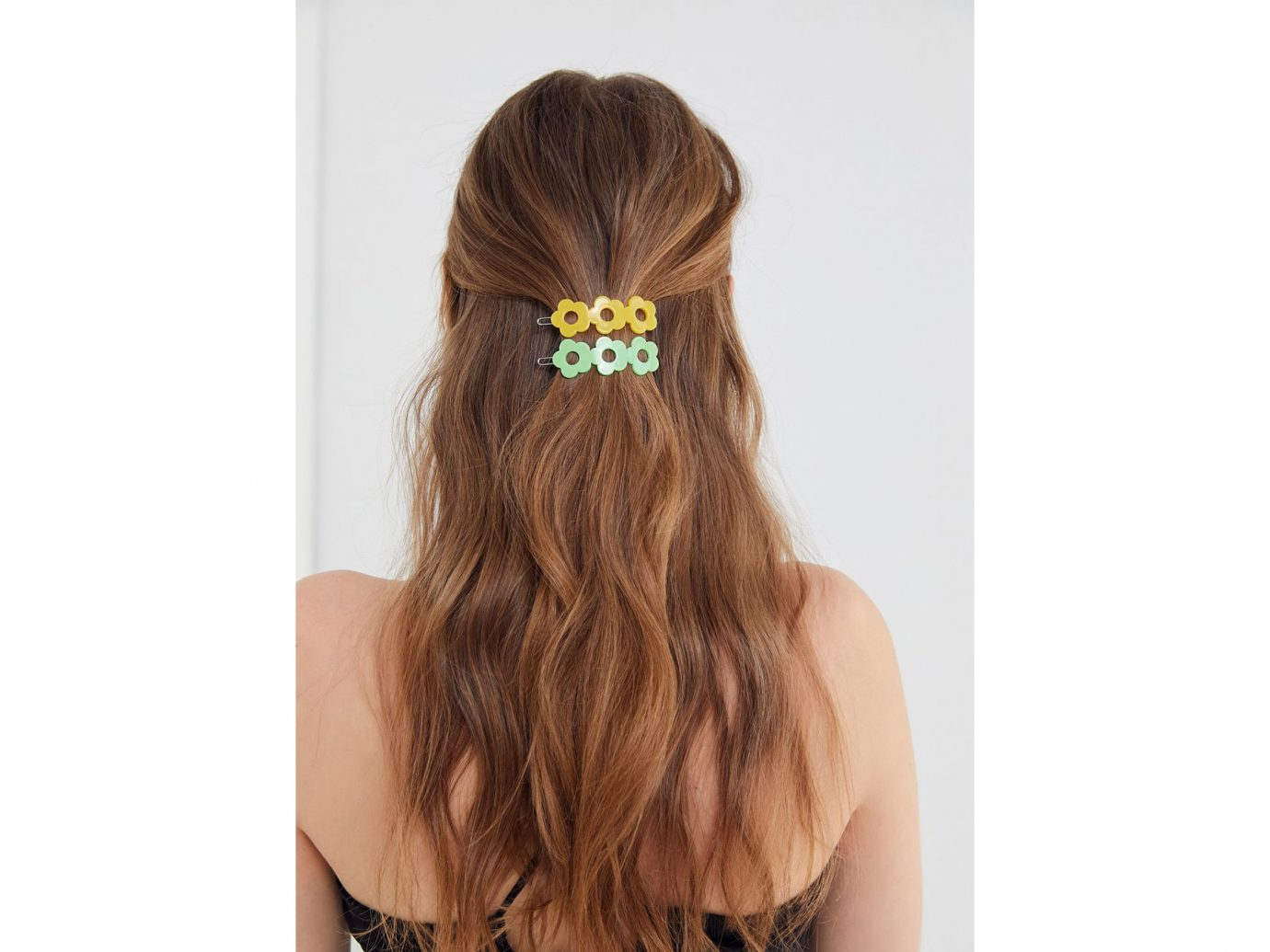 Urban outfitters Daisy Hair Clip Set