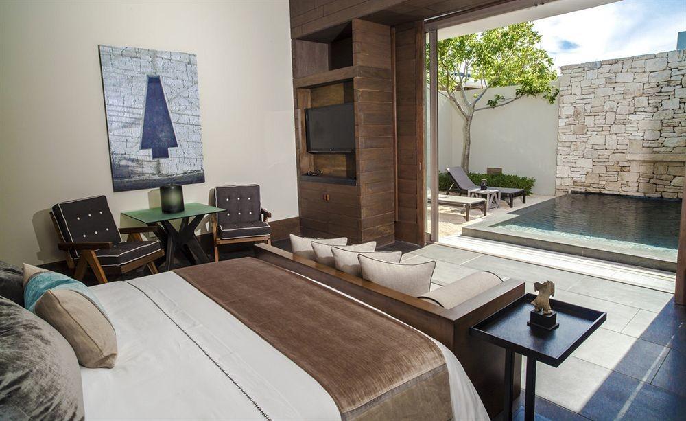 Bedroom at Nizuc Resort & Spa