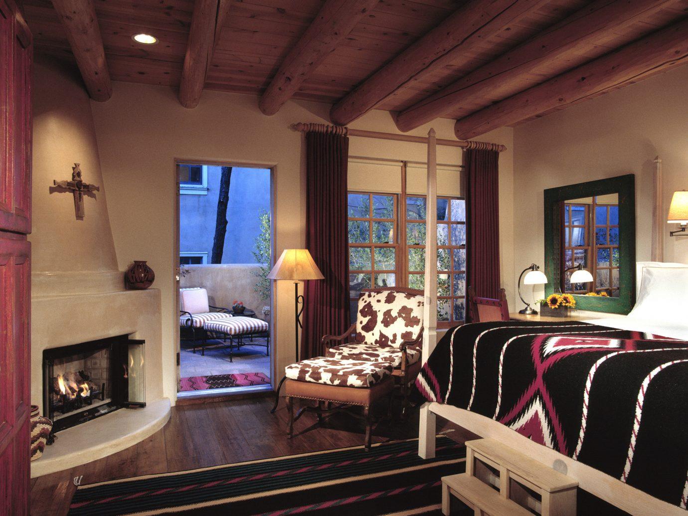 Bedroom at Rosewood Inn of the Anasazi