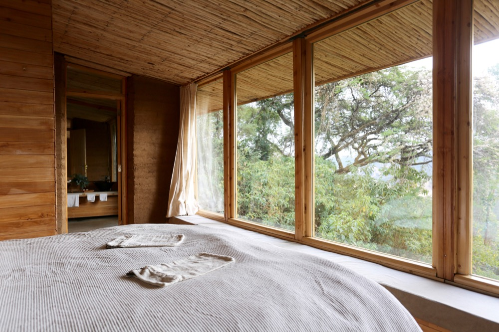Limalimo Lodge guestroom