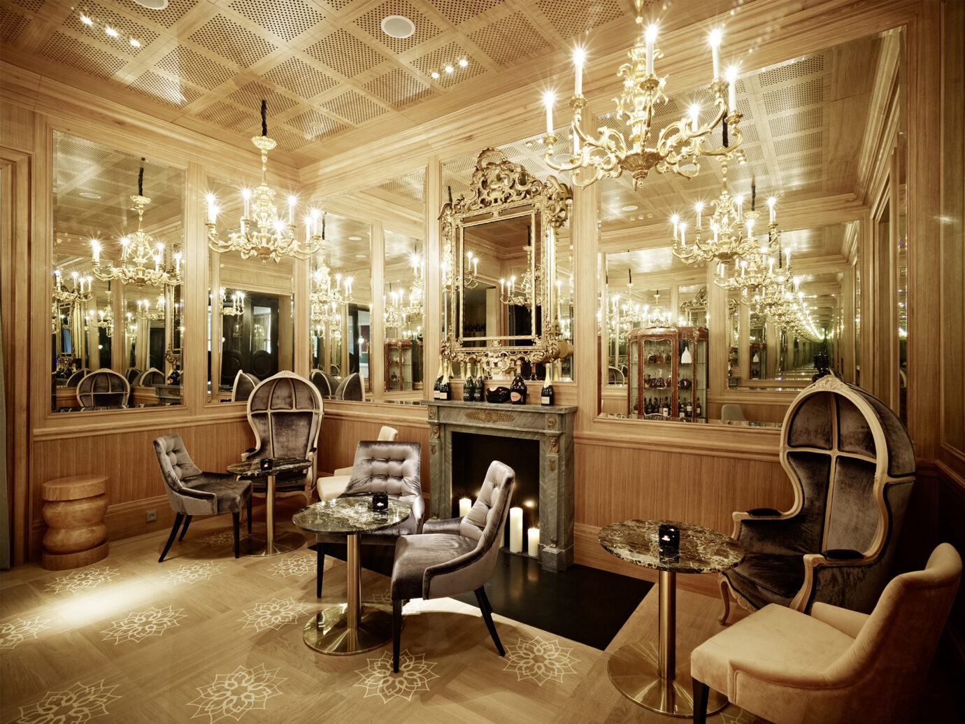 Bar at Hotel San Souci, Vienna, Austria