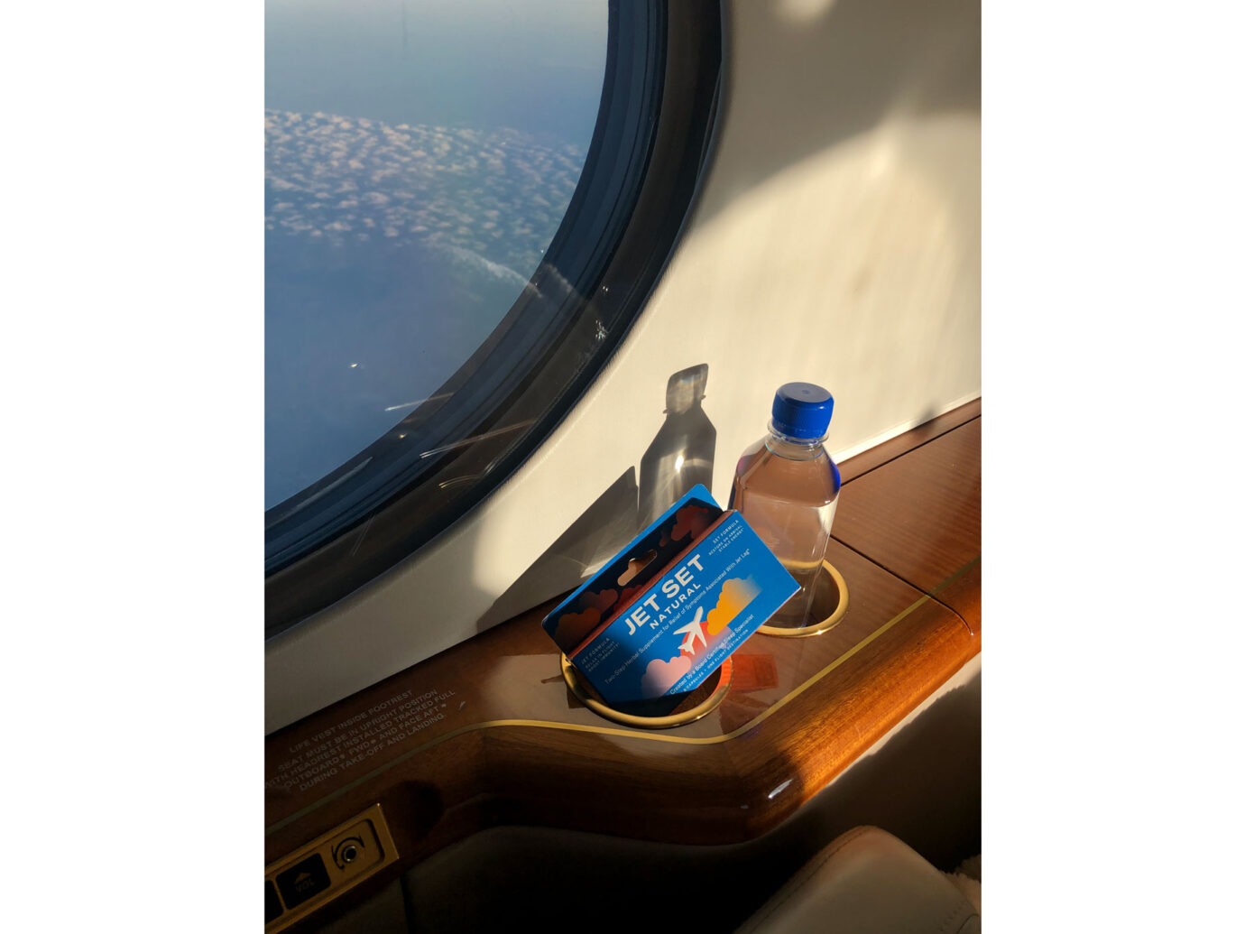 Jet Set natural jet-lag remedy to take on a plane