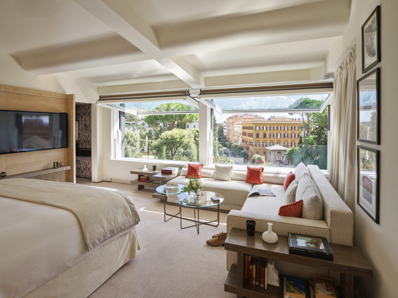 Hotel Eden Roma - Bellavista Penthouse Suite bedroom new
