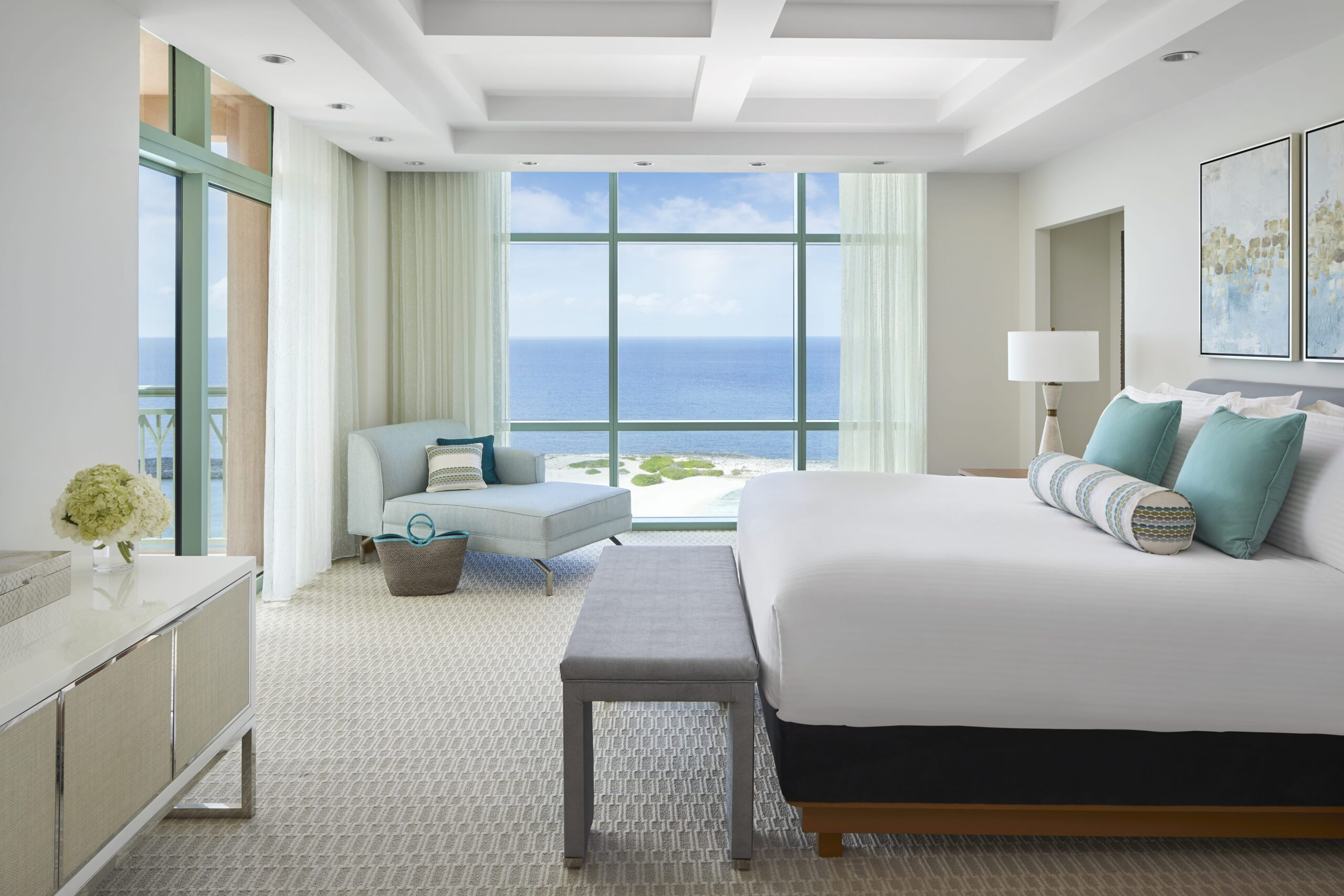 The Cove Sapphire Suite