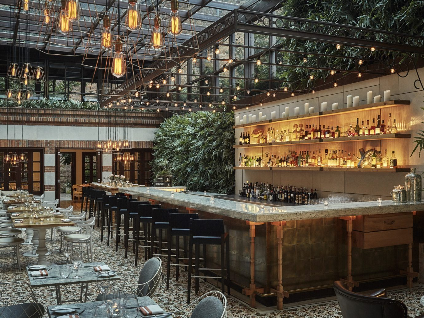 Bar at Four Seasons Hotel Casa Medina