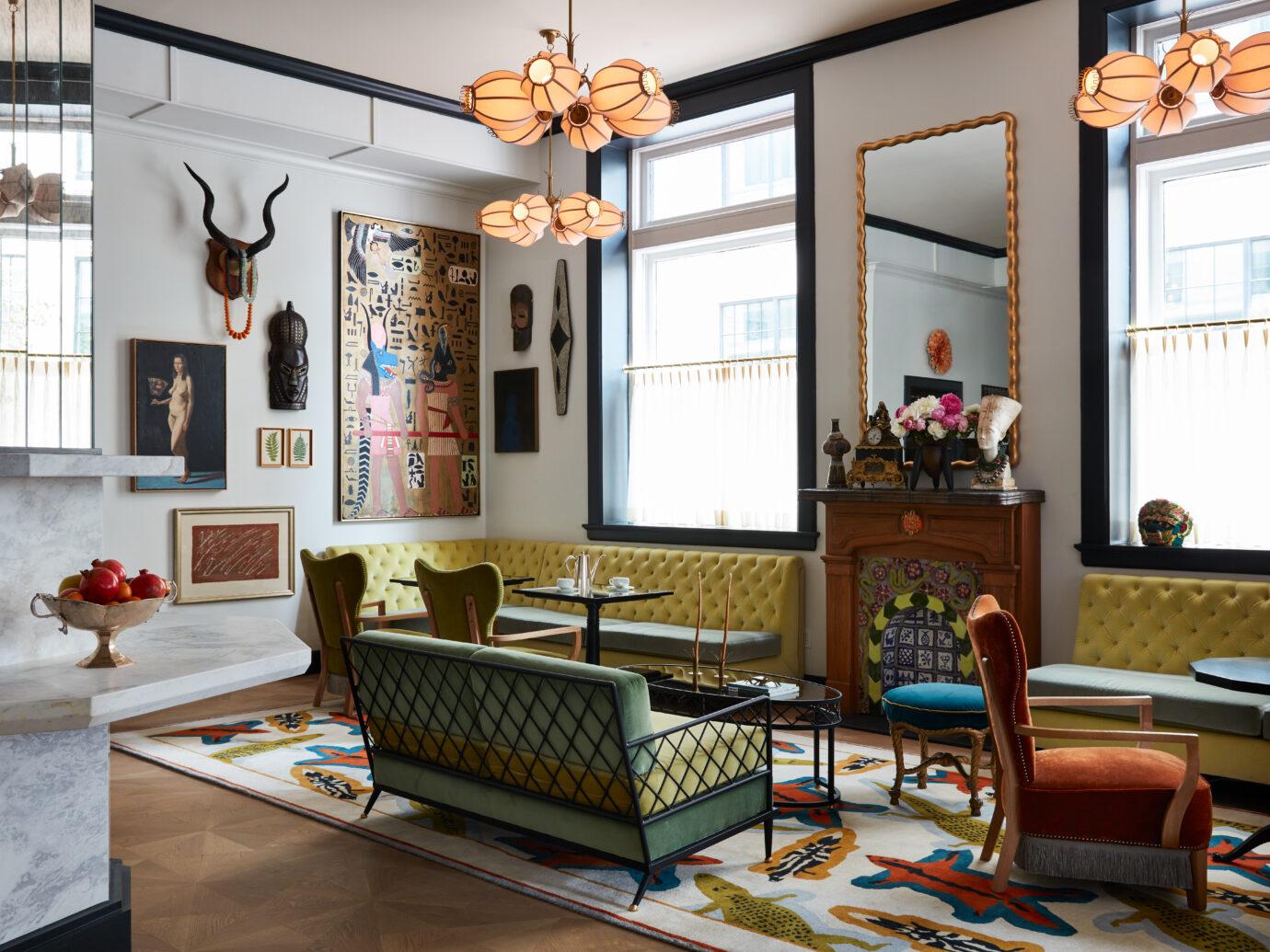 Guest Lounge at Maison de la Luz