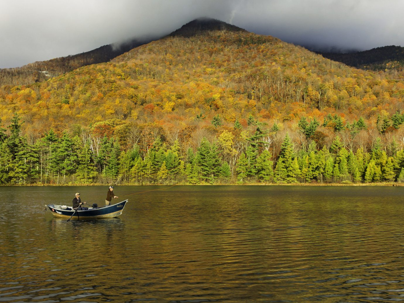 autumn Boat clouds cloudy Fall Greenery hills Hotels isolation Lake Luxury Travel Mountains Nature Outdoor Activities Outdoors people remote River row boats rowers Rowing trees water outdoor sky mountain wilderness tree reflection loch morning leaf background landscape reservoir boating surrounded distance