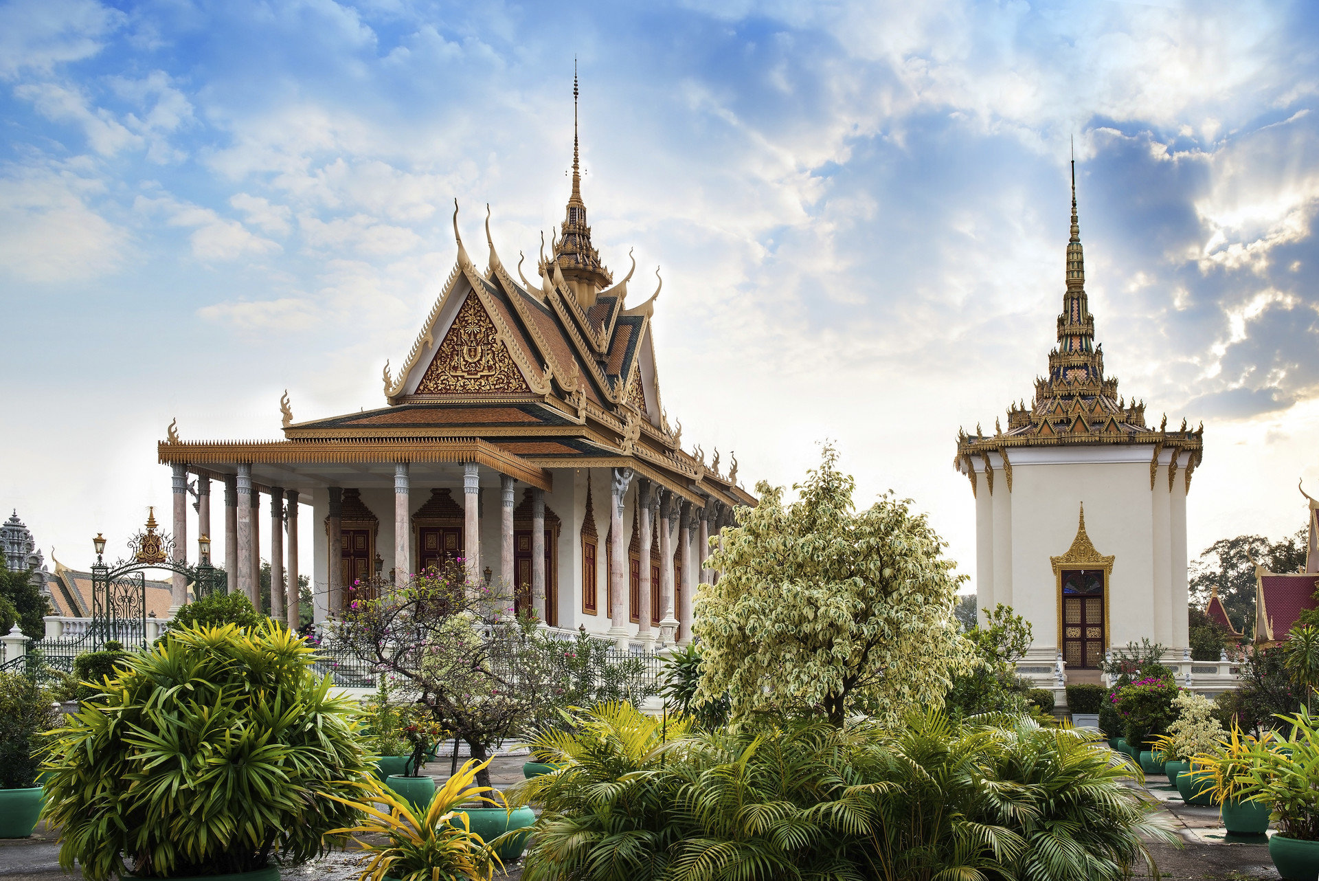 9 Places To Visit In Cambodia