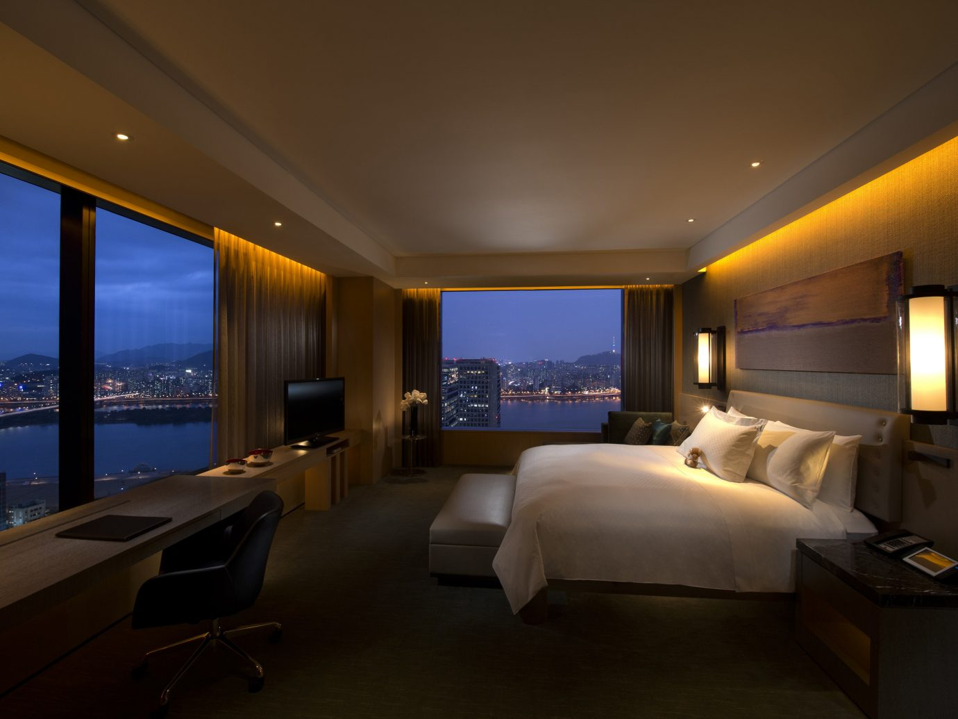 Hotels Luxury Travel ceiling indoor floor wall room bed hotel interior design Architecture lighting Suite Bedroom real estate window penthouse apartment estate interior designer daylighting apartment furniture several