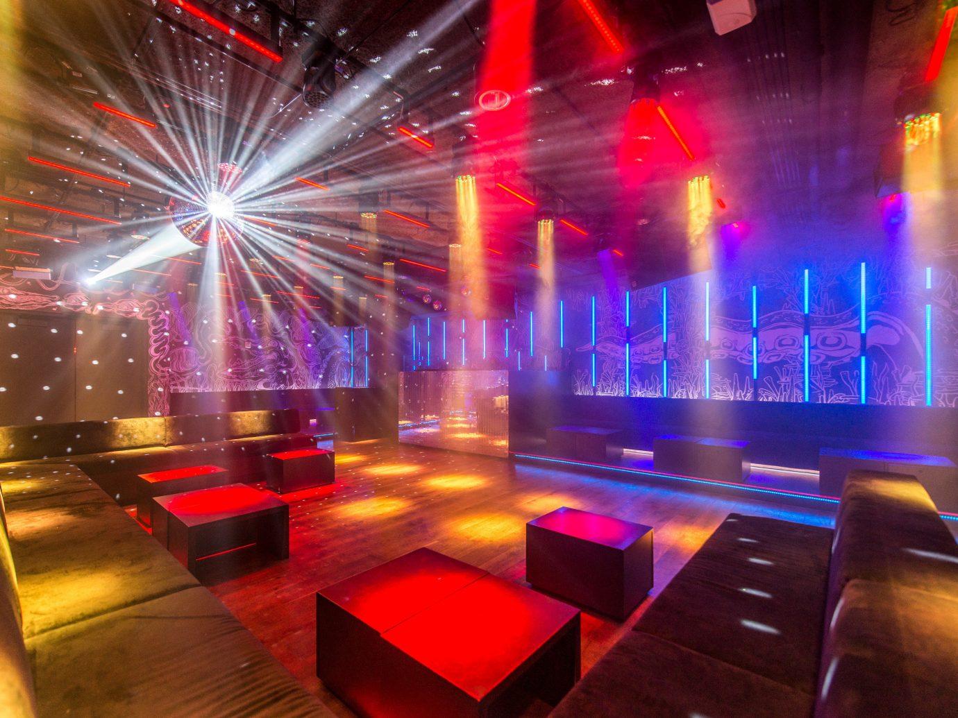 Food + Drink floor indoor nightclub disco stage light music venue function hall musical theatre laser blur