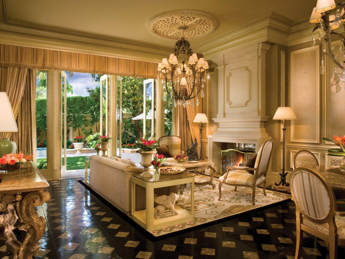 living room in a Three-Bedroom Villa at The Mirage Resort & Casino in Las Vegas