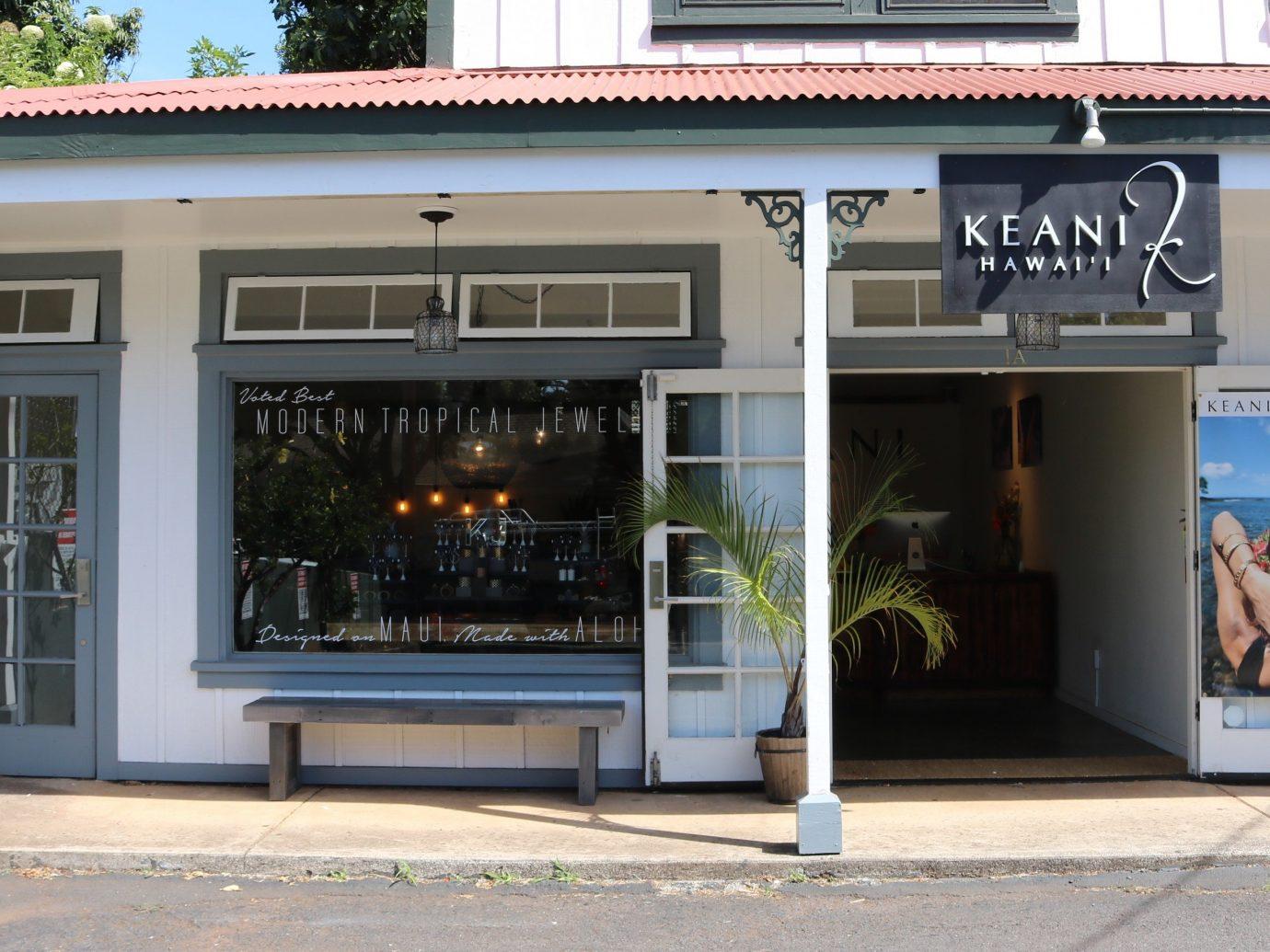 Trip Ideas building outdoor facade window retail café