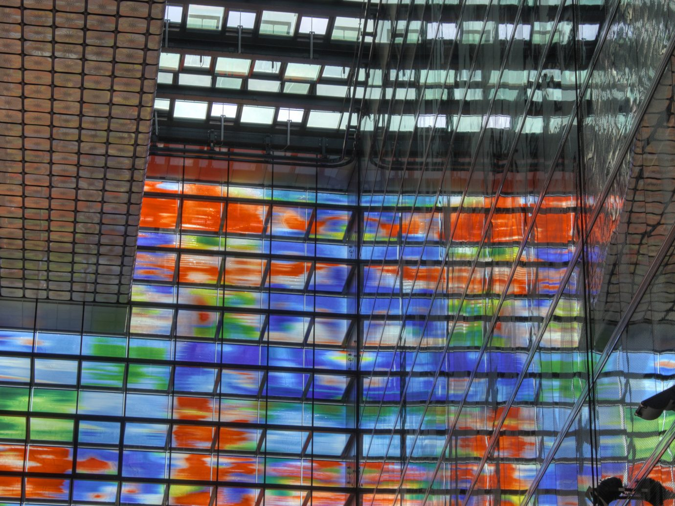 Offbeat building color window urban area glass wall stained glass art Design material cage net tiled