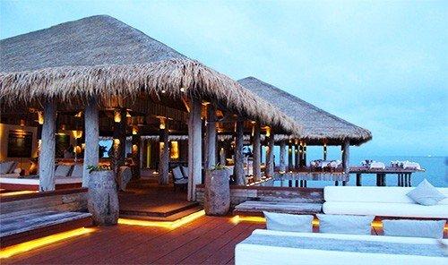 Food + Drink sky Resort outdoor estate restaurant